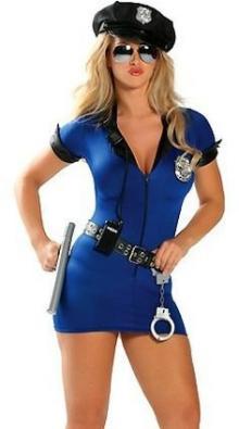 ქერა პოლიციელი ქალები – სახალისო ისტორია