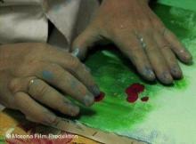 თურქი ბრმა მხატვარი, რომელის ფენომენსაც სპეციალისტები იკვლევენ