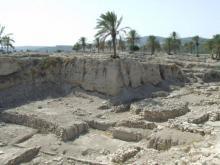 ეგვიპტეში პირამიდებთან აღმოჩენილია 4500 წლის გემი