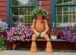 50 საოცარი იდეა – თიხის ქოთნებით გაფორმებული ბაღები და ეზოები