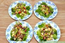 ნიახურის და ვაშლის სალათის მომზადება