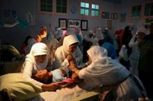 როგორ ხდება გოგოების წინადაცვეთა ინდონეზიაში - შოკისმომგვრელი ფოტოები
