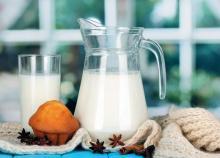 როგორ უნდა დავლიოთ რძე სწორედ (სასარგებლო რჩევები) და პროდუქტები, რომლითაც რძის ჩანაცვლება არის შესაძლებელი