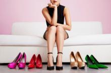 მაღალქუსლიანი ფეხსაცმელი კომფორტული რომ იყოს – 5 მარტივი გზა