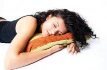 იცოდით, რომ ძილში წონაში იკლებთ?