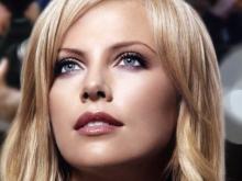 10 ყველაზე ლამაზი თვალების მქონე ქალი მსოფლიოში