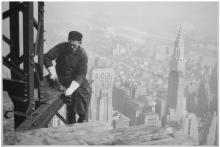 შოკისმომგვრელი ფოტოები, რომლებიც გადაღებულია The Empire State Building-ის მშენებლობისას
