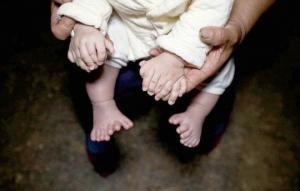 ჩინეთში დაიბადა ბიჭი, რომელსაც 31 თითი აქვს