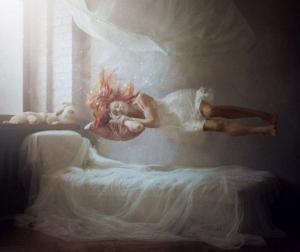 რა ემართება სულს ჩვენი ძილის დროს?