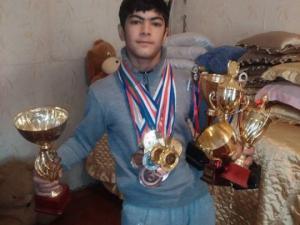 14 წლის ბიჭი რომელიც 17 ჯერ გახდა საქართველოს ჩემპიონი...