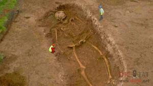 სენსაციური აღმოჩენა! 12 მეტრიანი გიგანტის ჩონჩხი აღმოაჩინეს პერუში