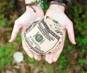 ფულის 7 რიტუალი დღეების მიხედვით – თქვენს ცხოვრებაში კეთილდღეობას მოიტანს