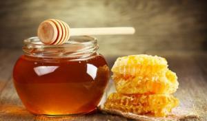 რა მოხდება თუ ყოველდღე შეჭამთ თაფლს