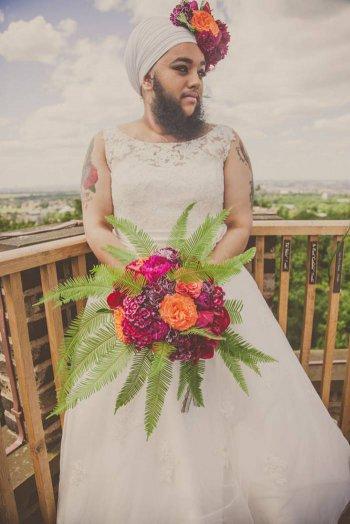 ეს წვერებიანი პატარძალი, ყველანაირ საქორწინო კრიტერიუმს ანგრევს - გოგონა, რომელიც ბედნიერია