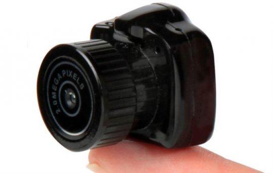მსოფლიოში ყველაზე პატარა ფოტო–ვიდეო კამერა!