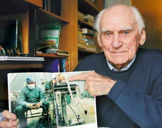 პაციენტი არამარტო გადარჩა, არამედ თავის ექიმზე დიდ ხანსაც იცოცხლა