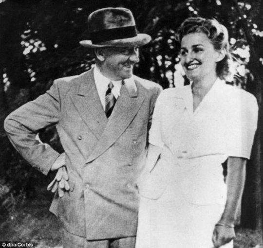 ევა ბრაუნი ჰიტლერთან ერთად