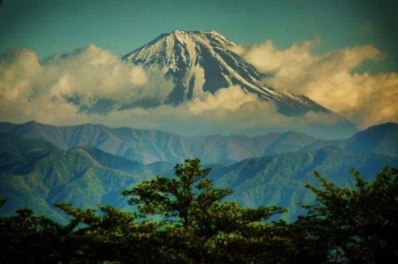 ულამაზესი მთა ფუჯი