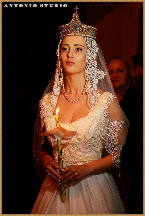 ულამაზესი  დედოფალი
