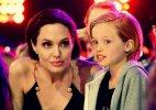 ანჯელინა ჯოლი შვილებთან ერთად ''Kids Choice Awards 2015''-ის დაჯილდოებაზე.