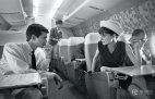 ოდრი  ჰეპბერნი  და ენტონი პარკინსი თვითმფრინავში,1962 წელი