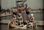 მოზარდი გოგონები საცურაო კოსტუმში-პოტსდამი 1928 წელი