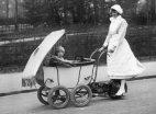 მოტორიანი საბავშვო ეტლი-ლონდონი 1922 წელი