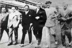 ალ კაპონე მეგობარ გენგსტერებთან ერთად-1929 წელი