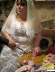 პატარძალი ქორწილის დღეს პირველად ვნახე სამზარეულოში მზარეულად
