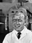 1950-იან წლებში პომადის ფაბრიკები ტესტირებისთვის სამუშაოდ იწვევდნენ მელოტ მამაკაცებს