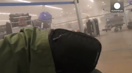 ქაოსი და პანიკა ბრიუსელის აეროპორტში