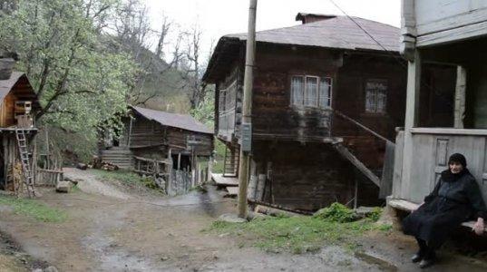 ქალი საქართველოში - ტრადიცია და თანამედროვეობა