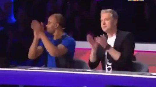 კაზაკმა გოგომ სცენაზე ისე იცეკვა მაყურებელი გააგიჟა