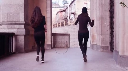 ლამაზი გოგონების ლამაზი ცეკვა