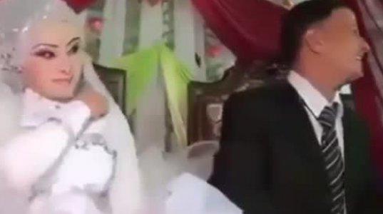 ნახეთ როგორ დატანჯა ქმარმა ცოლი პირდაპირ ქორწილში, ვერ ითმენს პირველ ღამემდე