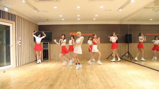გოგონების ლამაზი ცეკვა (სიმღერა-AOA HEART ATTACK)
