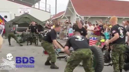 ჯარის კაცები 4 წუთში, ჯიპს შლიან და აწყობენ დაუჯერებელია!